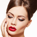 Какой сделать макияж под красное платье