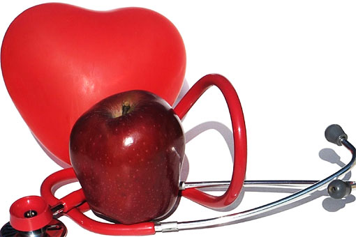 Красные яблоки полезны для работы вашего сердца