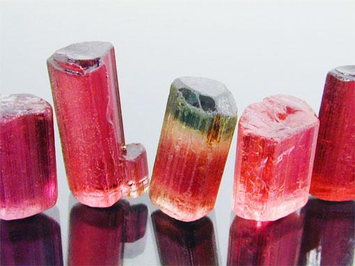 Красный турмалин - магический камень