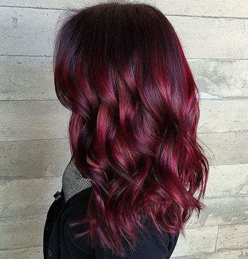 Оттеноктёмно-красных волос