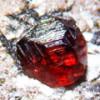 Камень альмандин веселит сердце и настраивает на игривый лад