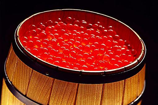 Как отличить настоящую правильную красную икру от суррогатной