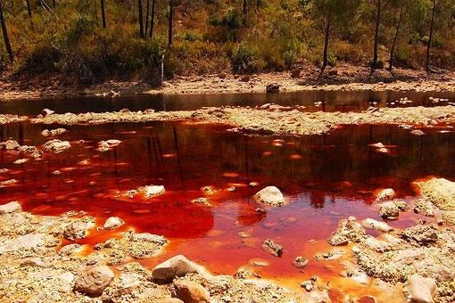 Красная река Рио-Тинто