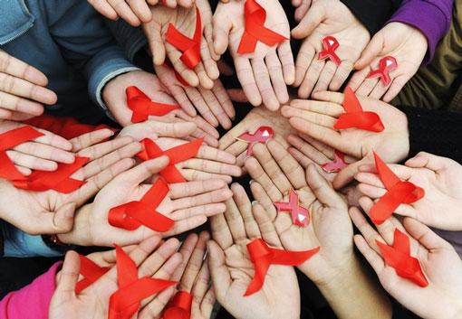 Красная лента – символ борьбы со СПИДом