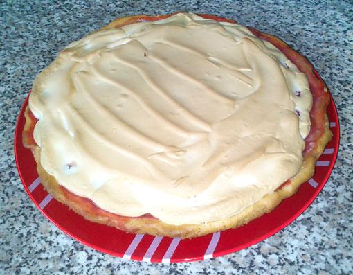 Рецепт красного клубничного пирога