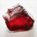 Красный целебный камень циркон
