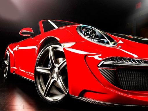 Красный порш 911 кабриолет вид спереди