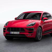 Что можно натворить за рулем красного 440-сильного Porsche Macan
